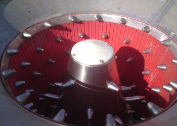 Dégrappeur à moules cylindro-conique