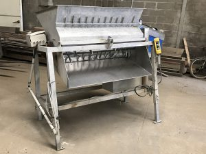 REF-18660 bladed mussel separating machine
