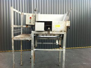 REF-16900 Cochon bladed separating machine